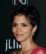 Halle Berry gave her pixie cut a nice twist with textured tresses.