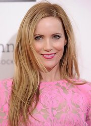 Leslie sported stunning, wind-swept strands at the 2013 Critics' Choice Awards.