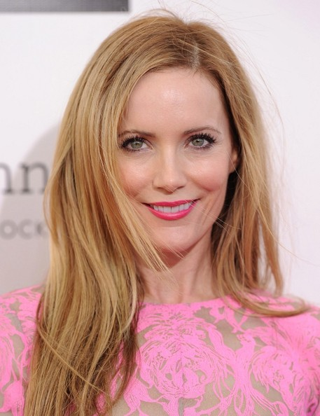More Pics of Leslie Mann Long Straight Cut (4 of 8) - Leslie Mann Lookbook - StyleBistro
