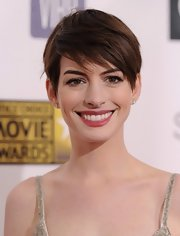 Anne styled her pixie into tousled side-swept bangs for the 2013 Critics' Choice Movie Awards.