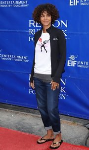 Halle Berry attended the Revlon Run/Walk event wearing an adorable pair of Fleur De Lys flip flops.