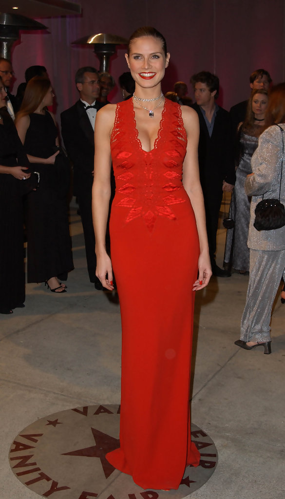 2002 VANITY FAIR OSCAR PARTY.MORTONS, LOS ANGELES, CA. MARCH 24 2002.
