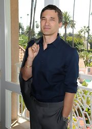 Olivier Martinez looked quite dapper in a navy button-down shirt at the Silver Rose Awards Gala.