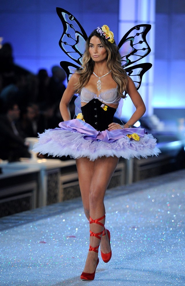 Lily Aldridge The Hottest Models From The 2011 Victoria