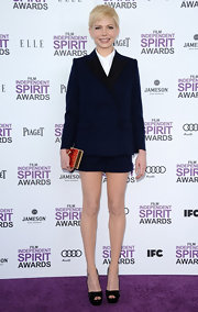 Michelle Williams opted for a cool masculine-inspired short suit for her look at the 2012 Independent Spirit Awards.