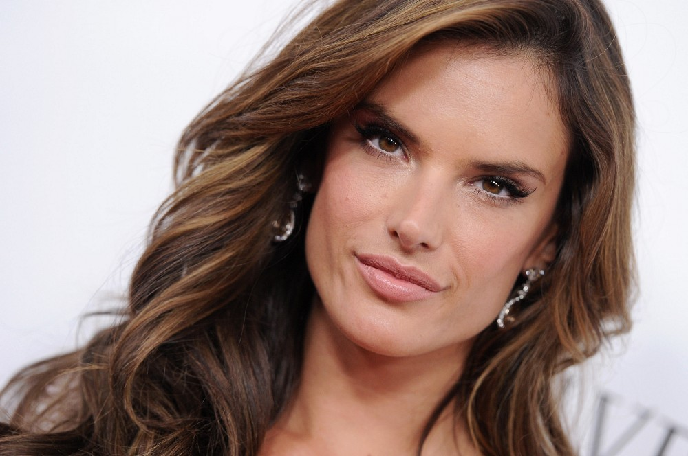 Alessandra Ambrosio Hair Color 2013