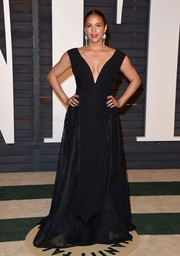 Paula Patton cut a regal figure in a deep-V black Georges Hobeika gown during the Vanity Fair Oscar party.