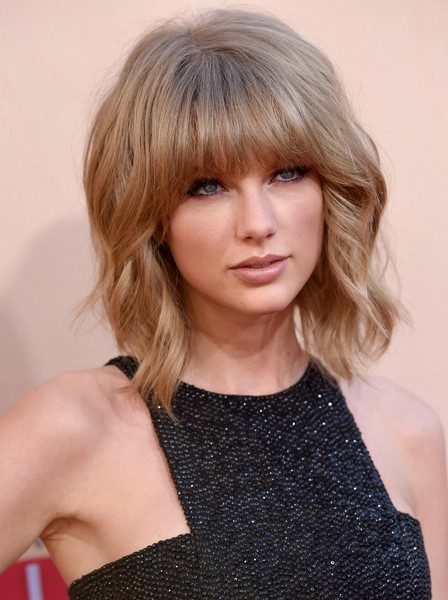 More Pics Of Taylor Swift Short Cut With Bangs 3 8 Hairstyles Lookbook Stylebistro