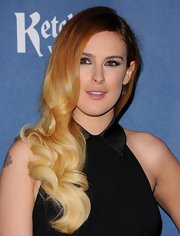 Rumer Willis brought out the old-school glam with these deep-side parted curls.
