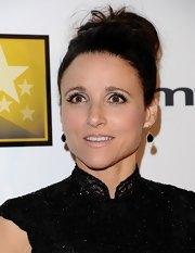 Julia Louis-Dreyfus sported a pale pink lip color when she attended the Critics' Choice TV Awards.