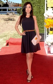 Aimee Garcia completed her ensemble with a pair of brown peep-toe pumps.