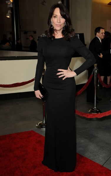Katey Sagal went for understated sophistication at the DGA Awards with this long-sleeve evening dress featuring shoulder embellishments.