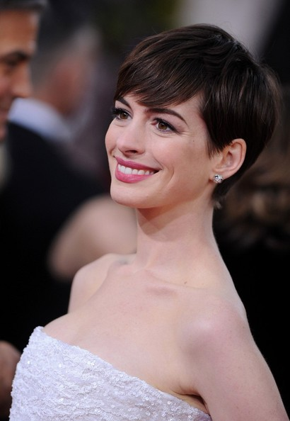 More Pics of Anne Hathaway Pixie (6 of 13) - Short Hairstyles Lookbook - StyleBistro