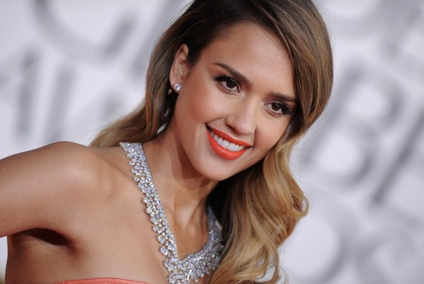 More Pics of Jessica Alba Mermaid Gown (1 of 11) - Jessica Alba Lookbook - StyleBistro
