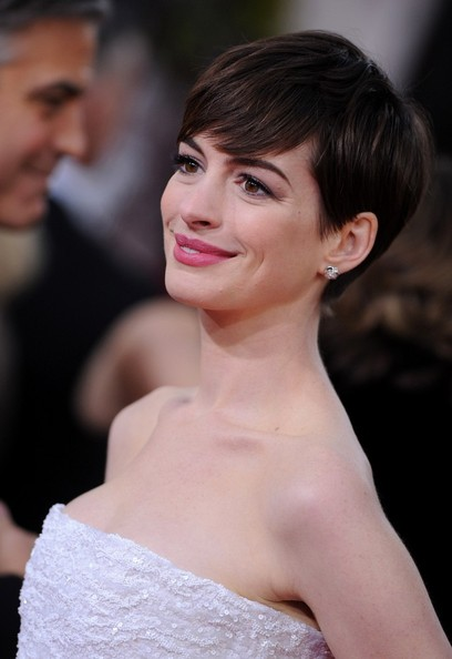 More Pics of Anne Hathaway Pixie (7 of 13) - Short Hairstyles Lookbook - StyleBistro