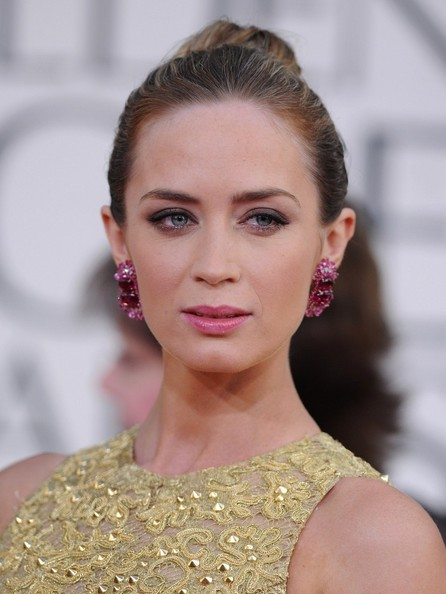 More Pics of Emily Blunt Cutout Dress (7 of 13) - Emily Blunt Lookbook - StyleBistro