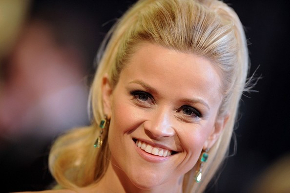 More Pics of Reese Witherspoon Dangling Gemstone Earrings (1 of 14) - Reese Witherspoon Lookbook - StyleBistro