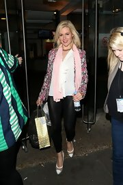 Abi Titmuss looked ready for springtime with this pink floral print blazer.