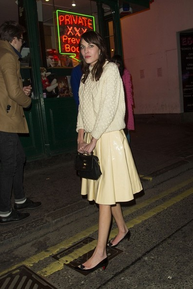 More Pics of Alexa Chung Leather Tote (5 of 8) - Alexa Chung Lookbook - StyleBistro