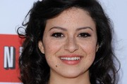 Alia Shawkat Medium Curls