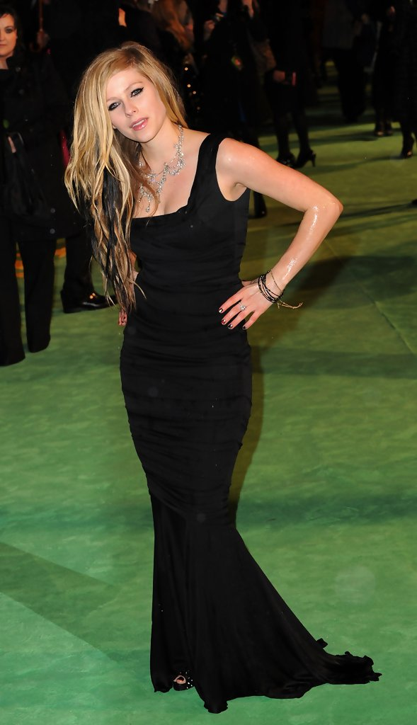 More Pics Of Avril Lavigne Evening Dress (4 Of 5)