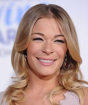 LeAnn Rimes wore a creamy pink lipstick with a hint of shine at the American Giving Awards.