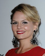 Jennifer Morrison opted for a classic look at the Art of Elysium gala with juicy red lips.
