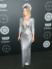 Ali Larter commanded attention in a figure-hugging silver cutout gown by Hamel at the Art of Elysium Heaven Gala.