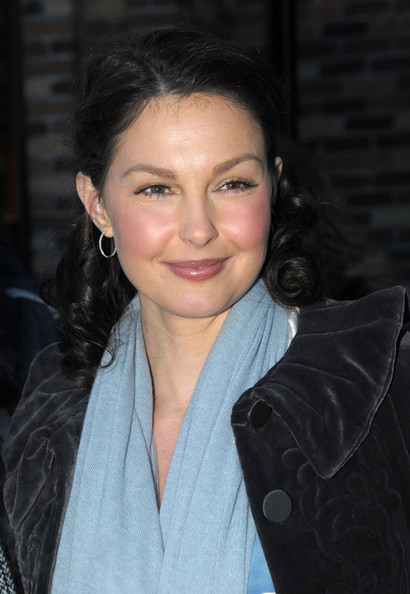 Ashley Judd Sterling Hoops
