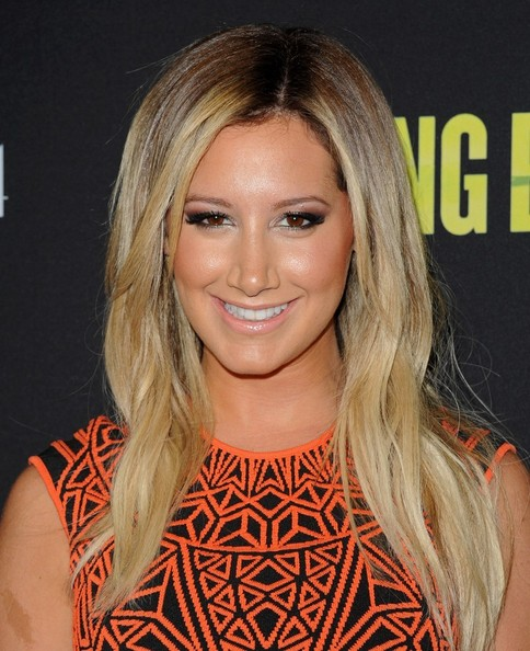 Ashley Tisdale Nude Lipstick