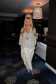Aubrey O'Day's fringe pants only added to her boho charm.