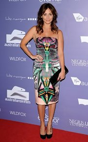 Natalie Imbruglia wore a strapless dress with a modern geometric print to the Breakthrough Awards.