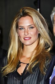 Bar Refaeli wore her voluminous long hair sexily tousled while out in Paris.