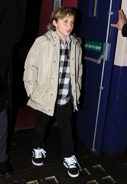 More Pics of Brooklyn Beckham Raincoat (1 of 1) - Raincoat Lookbook - StyleBistro