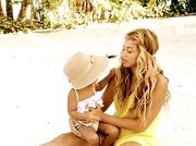 Beyonce appropriately sported soft beachy waves while vacationing with her family.