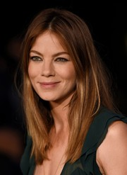 Michelle Monaghan kept it simple yet stylish with this straight center-parted 'do at the Burberry London in Los Angeles show.