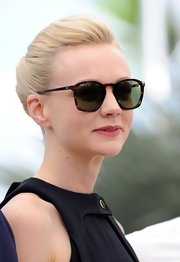 Carey Mulligan topped off her classic retro-inspired frock with a pair of calico wayfarers.
