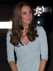 Kate Middleton styled her long hair with curly ends for the Natural History Museum Awards.