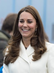 Kate Middleton wore her hair down with flippy ends during her visit to Portsmouth.