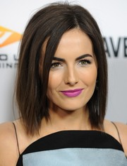 Camilla Belle attended the 'Cavemen' premiere sporting an edgy mid-length bob.