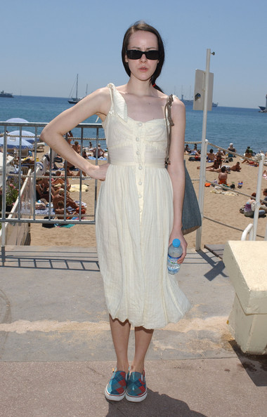 Jena Malone completed her breezy look with a pair of argyle slip-ons.