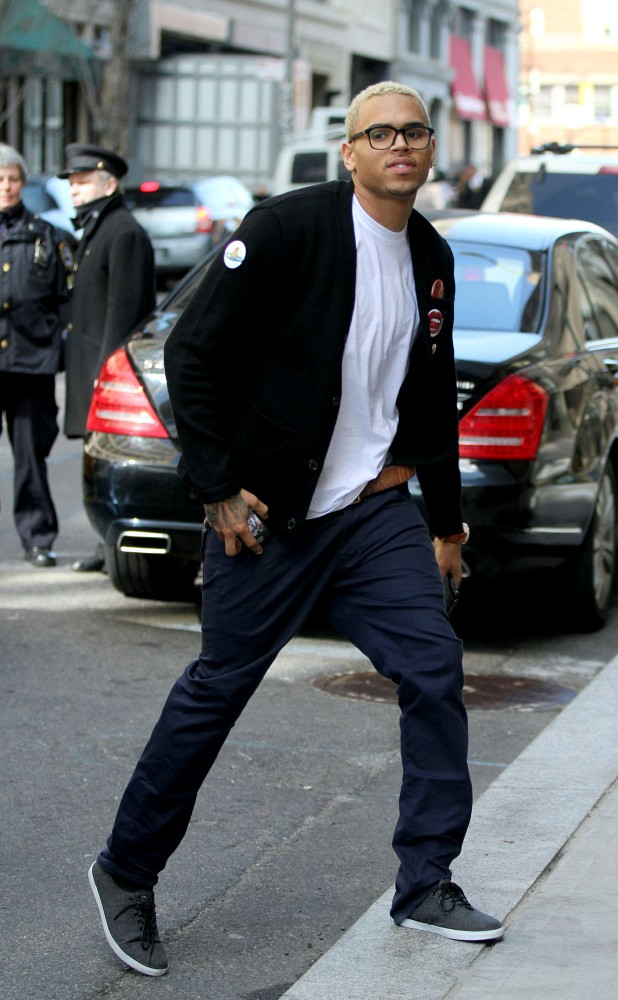 Chris Brown Casual Shoes Looks Stylebistro