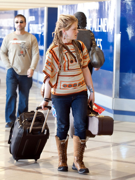 More Pics of Crystal Bowersox Sheepskin Boots (1 of 7) - Crystal Bowersox Lookbook - StyleBistro