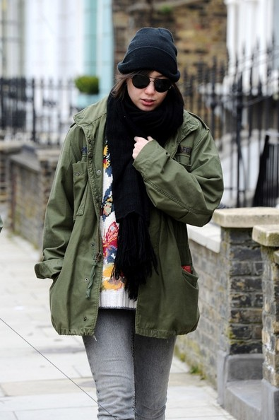 More Pics of Daisy Lowe Knit Beanie (1 of 9) - Winter Hats Lookbook - StyleBistro