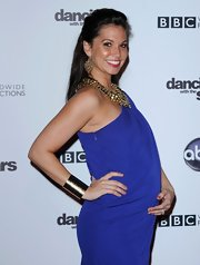 Melissa showed off her chunky gold bangle bracelet while hitting the 'Dancing with the Stars' 200th Episode.