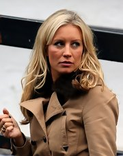 Denise van Outen wore her lovely waves down while out at the London studios.