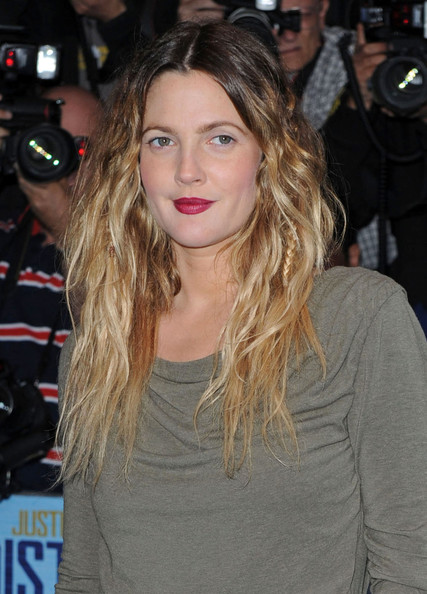 More Pics of Drew Barrymore Long Wavy Cut (1 of 11) - Drew Barrymore Lookbook - StyleBistro