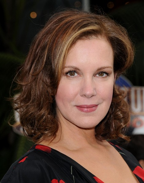 Elizabeth Perkins Medium Curls