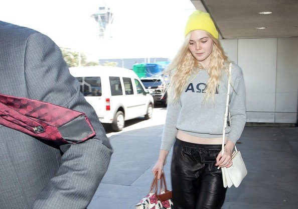 More Pics of Elle Fanning Sweatshirt (2 of 12) - Elle Fanning Lookbook - StyleBistro