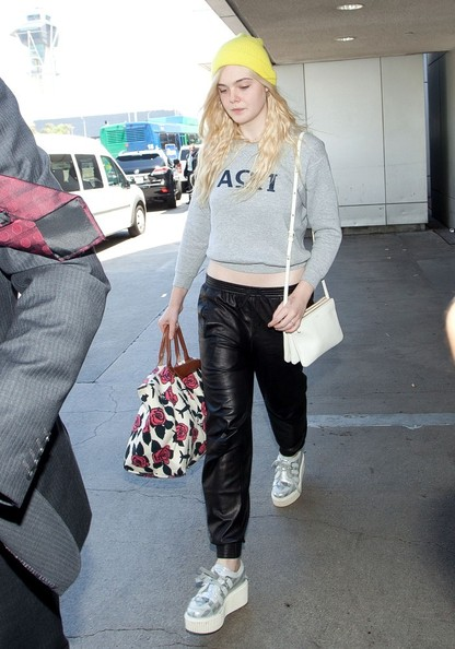 More Pics of Elle Fanning Sweatshirt (3 of 12) - Elle Fanning Lookbook - StyleBistro